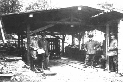 3-mai-1916-scierie-pres-de-la-station-gaede-au-hwk.jpg