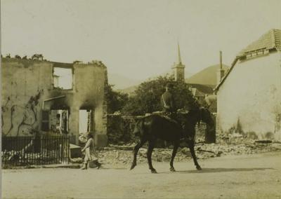 bitschwiller-rue-de-la-gare-16-juin-1915.jpg