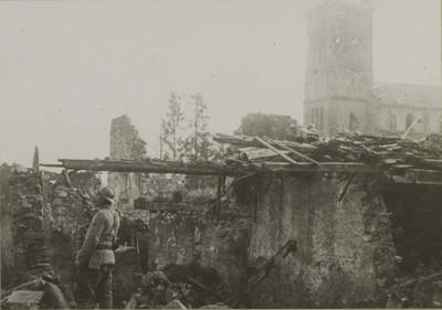 Eglise ruines 13 nov 1917