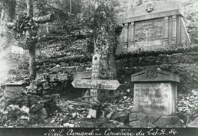 ehrenfriedhof-2.jpg