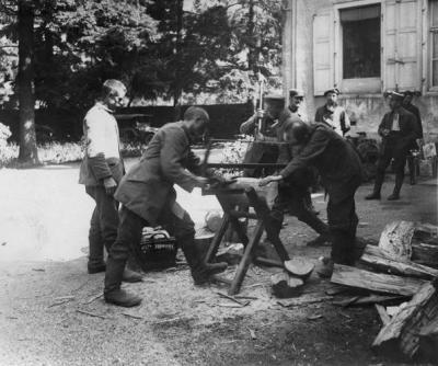 Gqg willer sur thur corvee de bois par prisonniers