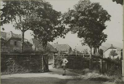 route-mulhouse-barricade-lecourbe-vx-thann-07-oct-1916.jpg