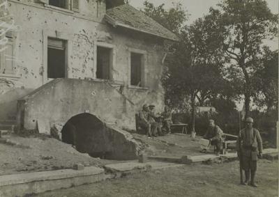 sentinelle-poste-de-police-aout-1916.jpg