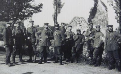 Soldats sur pont rue de belfort