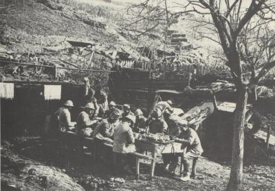 Steinbach 02 03 1916 repas pres tranchee