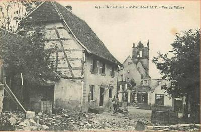 vue-des-ruines-cafe-chez-brigitte.jpg